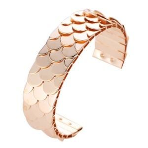 Jewelry - NEW Gold Plated Wide Cuff Fish Scale Bracelet